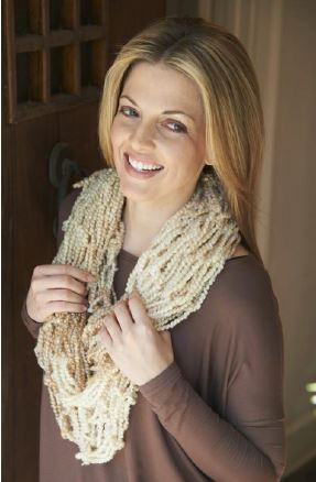 arm-knit-cowl
