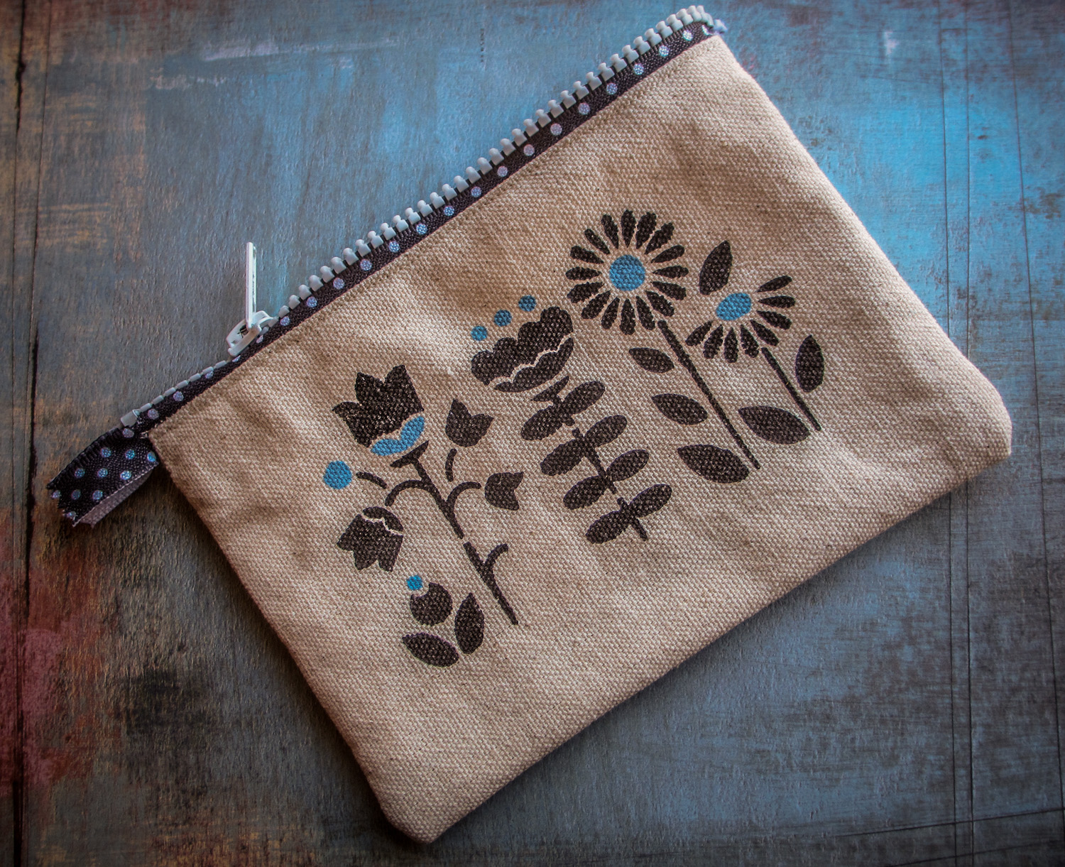Stenciled Canvas Zipper Pouch