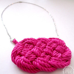 Bright-Nautical-Knot-Necklace - Copy