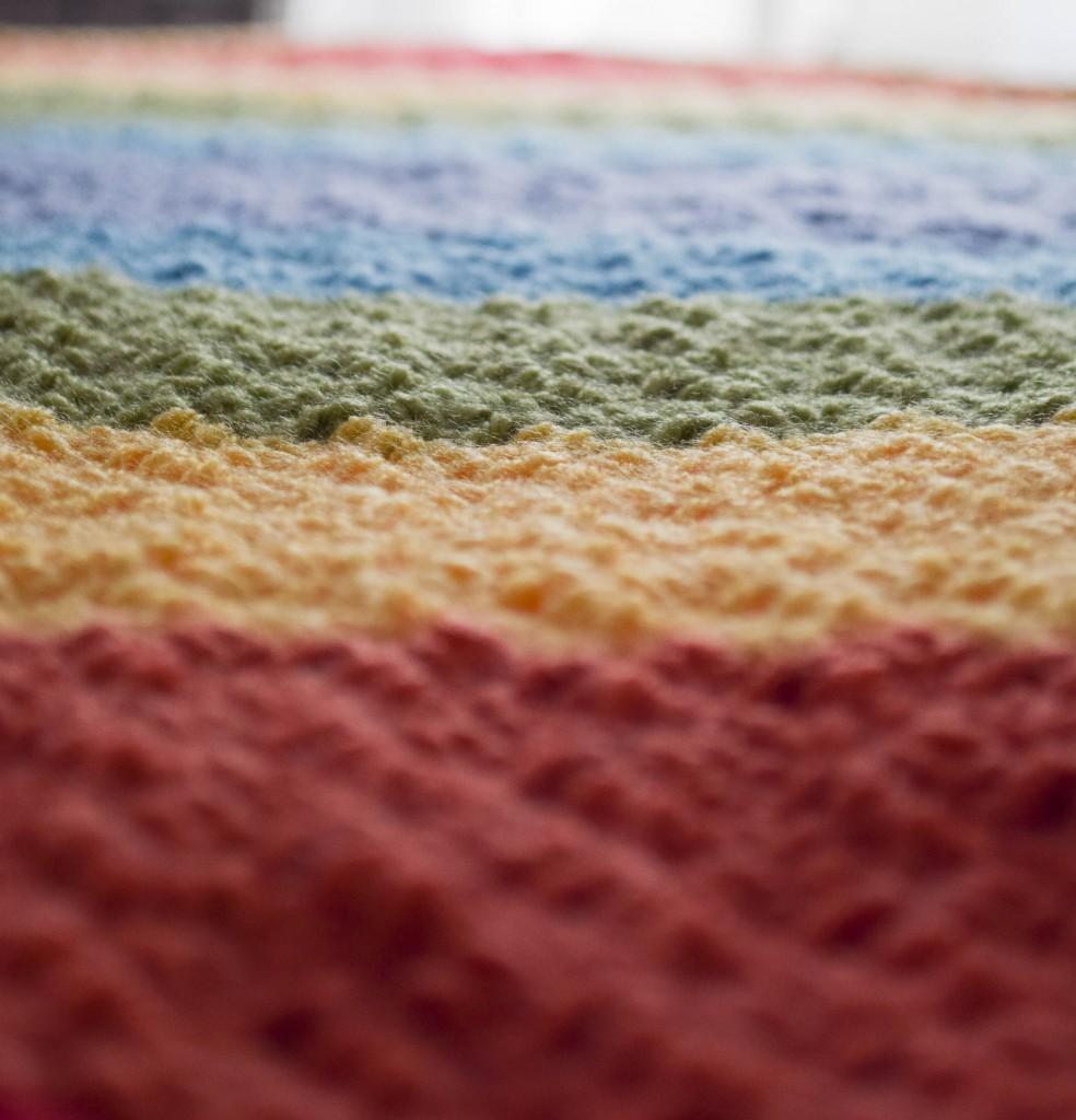 Diagonal-Rainbow-Baby-Blanket-3