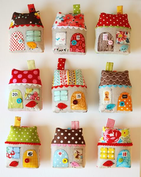 Quilt Christmas Ornaments! 17 Projects to Hang on Your Tree
