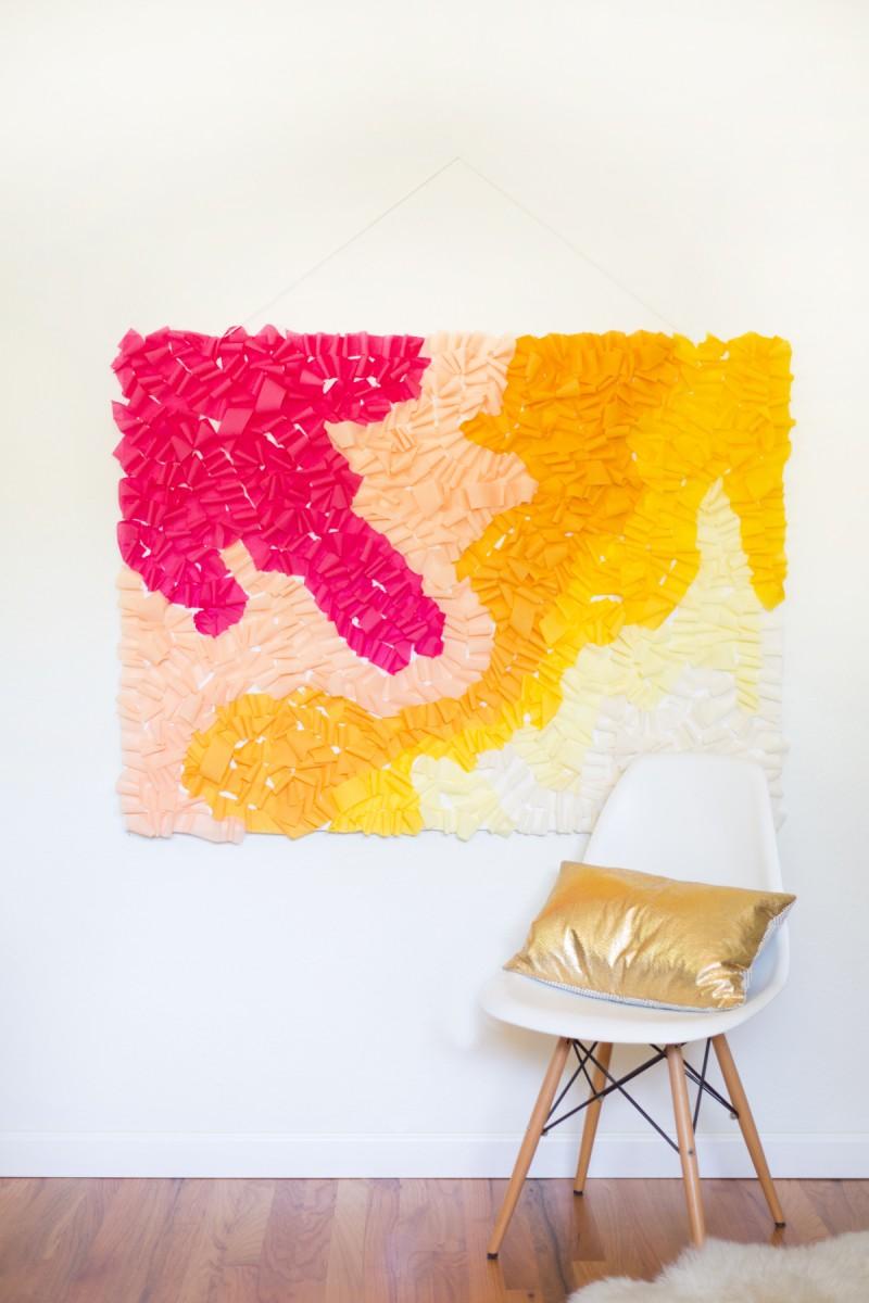 DIY Ombre Ruffled Crepe Paper Photo Backdrop