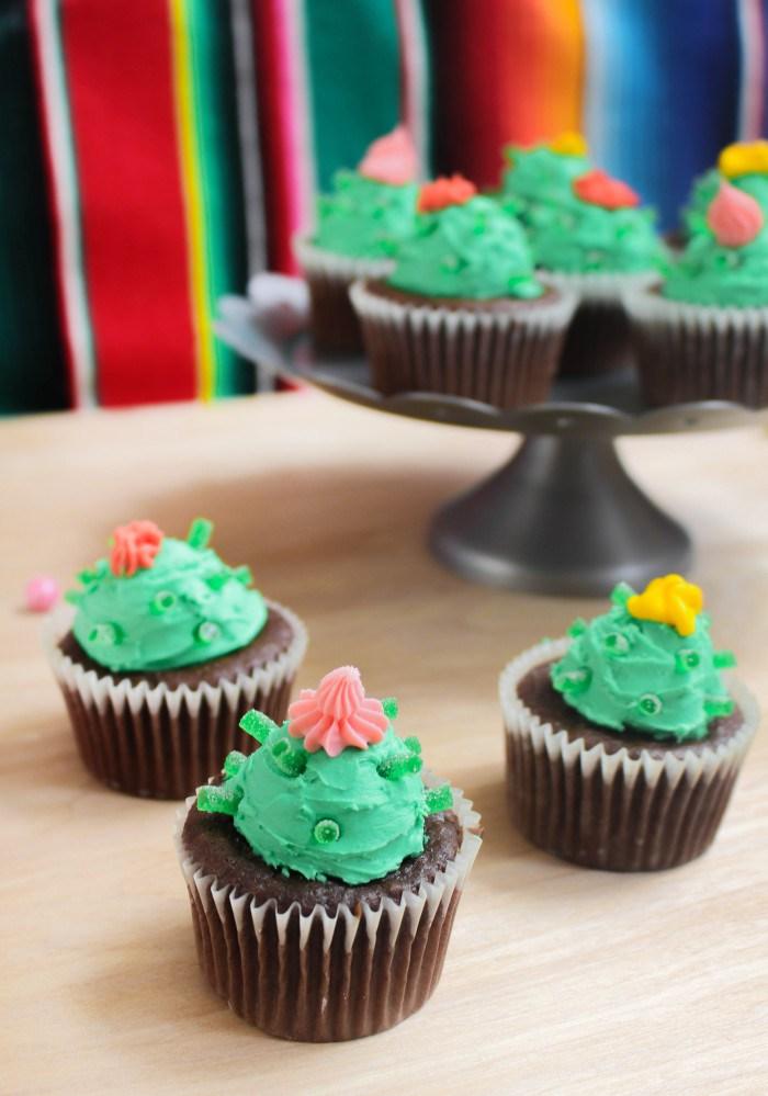 Desert Desserts Cactus Cupcakes