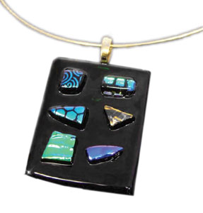 dichroic-glass-from-delphi-3-pendant
