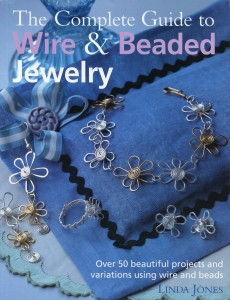 the-complete-guide-to-wire-beaded-jewelry