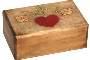 Woodcarved-Heart-Box