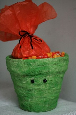 green-pot-candy1