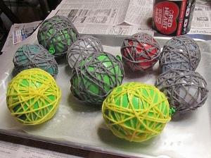 Drying 2 How to Make Glue Yarn Balls