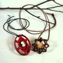 FacetHandleNecklace What is Steampunk Jewelry?