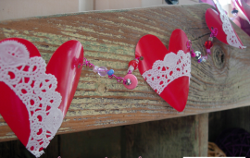 Heidi Plastic Cup Heart Garland Pinterest1 e1326596838423 6 Thrifty and Cheap Valentines Day Crafts