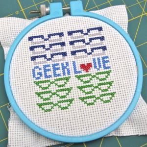Geek Love Cross Stitch 03 300x300 Geek Crafts: Geek Love Cross Stitch Pattern