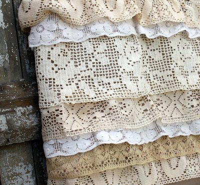 Lace Tote 2 How to Make an Upcycled Vintage Lace Tote