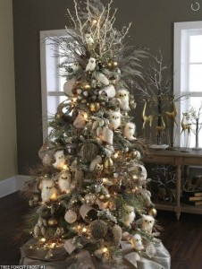 owltree 226x300 Planning Your Christmas Tree Theme with Pinterest