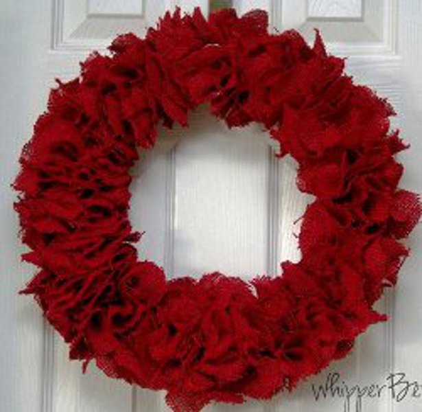 20 Handmade Valentine's Day Decorations