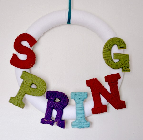 Easiest-Spring-Wreath
