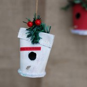 Christmas-Birdhouse-Ornament