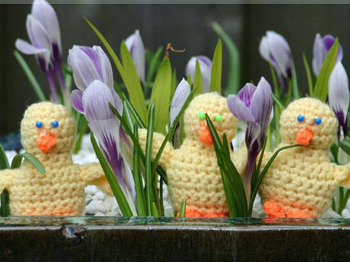 chicks Say No To Snow: Start Working On These Spring Inspired Crafts Now