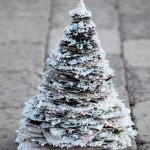 Glittery-Newspaper-Tree-Blog