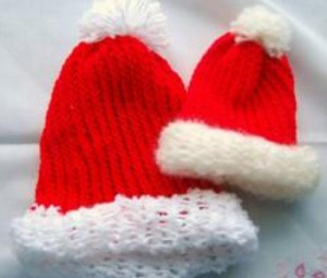 BLOGLoom Knitted Santa Hat 300x255 In Case You Missed It: 11 Christmas Gift Ideas: Handmade Scarves, Hats and More