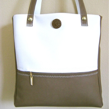 Zippered Travel Tote
