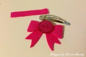 bow4 300x199 Create Simple Felt Hair Bows For A Mini Fashionista