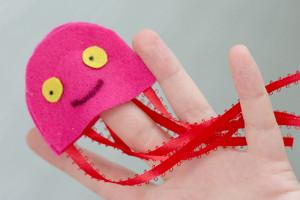 no sew nautical4 Kids Summer Craft: No Sew Nautical Puppets