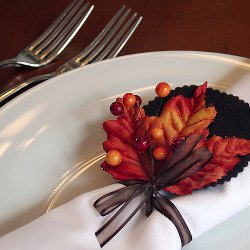 Burst of Autumn Napkin Rings A Unique Spin on Thanksgiving Table Decorations