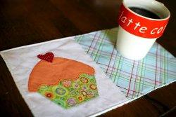 Cupcake-Mug-Rug-Pattern