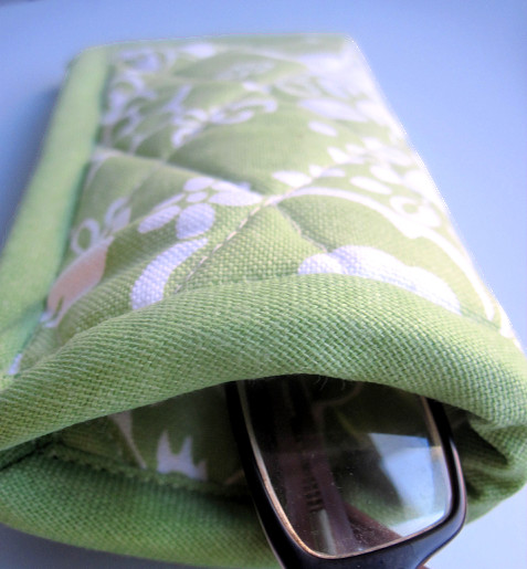 No-Sew Glasses Case