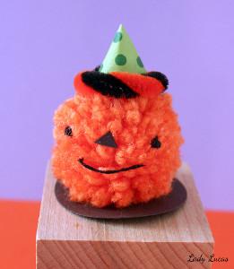 halloween-pom6