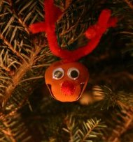Jingly-Reindeer-Ornament