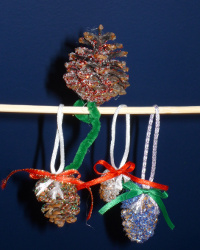 pine cone ornaments 15 Fabulous Homemade Christmas Ornaments for Kids