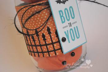 spooky jar1 Halloween How To: Spooky Glass Bottles