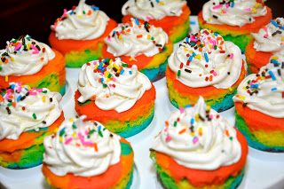 Rainbow Cupcakes from runwithglitter.blogspot.com