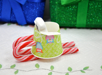 skiing4 More Delicious DIY: Skiing PEEPS® Snowman Cupcake Toppers