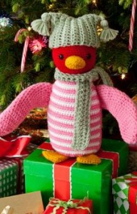 Huggable Penguin350 192x300 Get a Head Start on those Crochet Christmas Gifts!