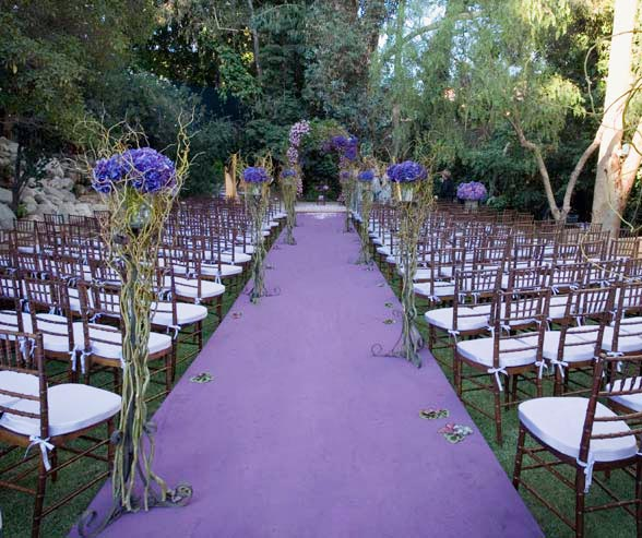 opulentviolet16 detail 17 Ways to Make Radiant Orchid Happen in Your Wedding