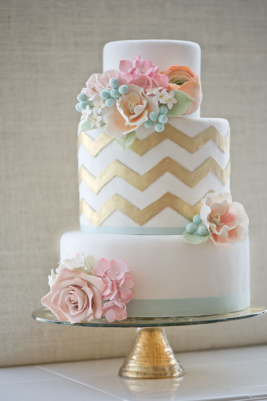 14 chevron Wedding Trends: Opposites Attract