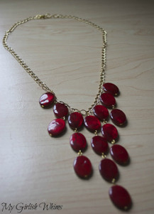 Lady in Red Necklace Color Crush Red: 5 DIY Jewelry Projects