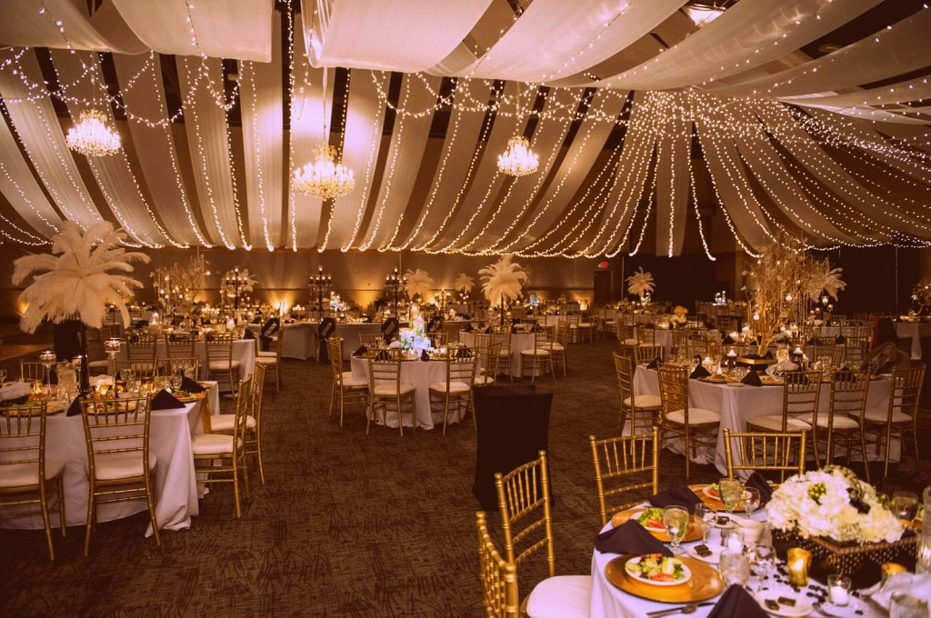 full room 60s 1024x680 The Great Gatsby Wedding of Dreams