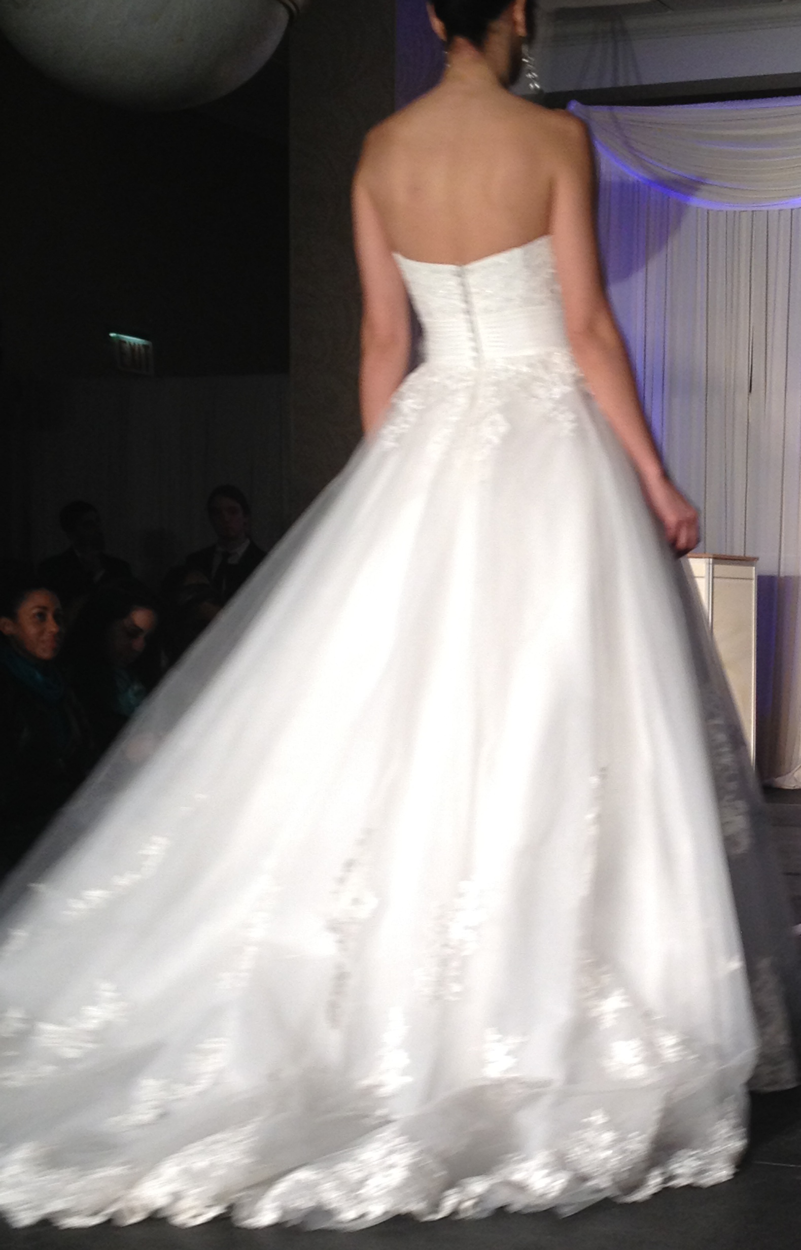 jaclyn 10221 Wedding Trends 2014: The Wedding Dresses Youll Kill For