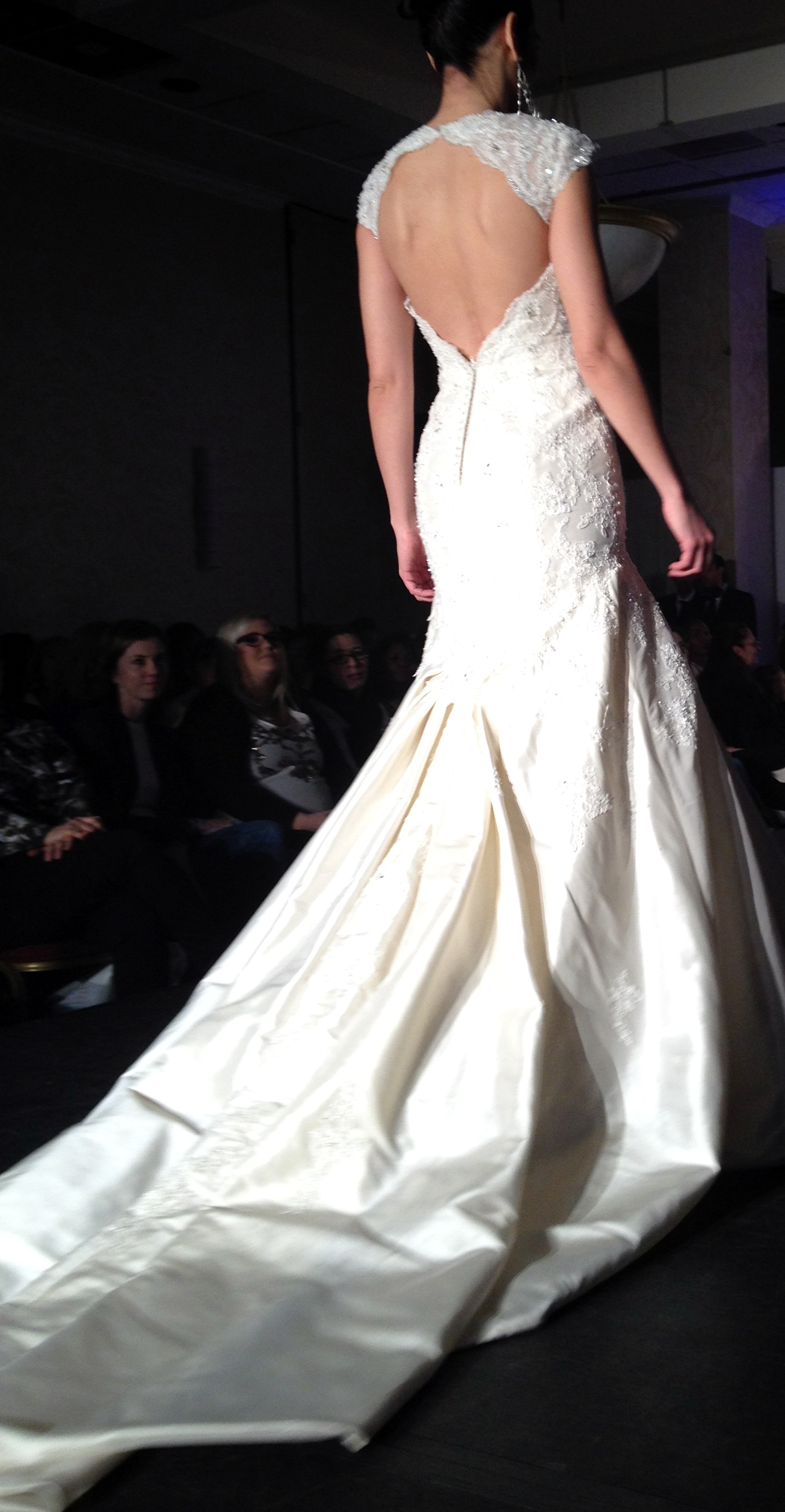 jaclyn 7861 Wedding Trends 2014: The Wedding Dresses Youll Kill For