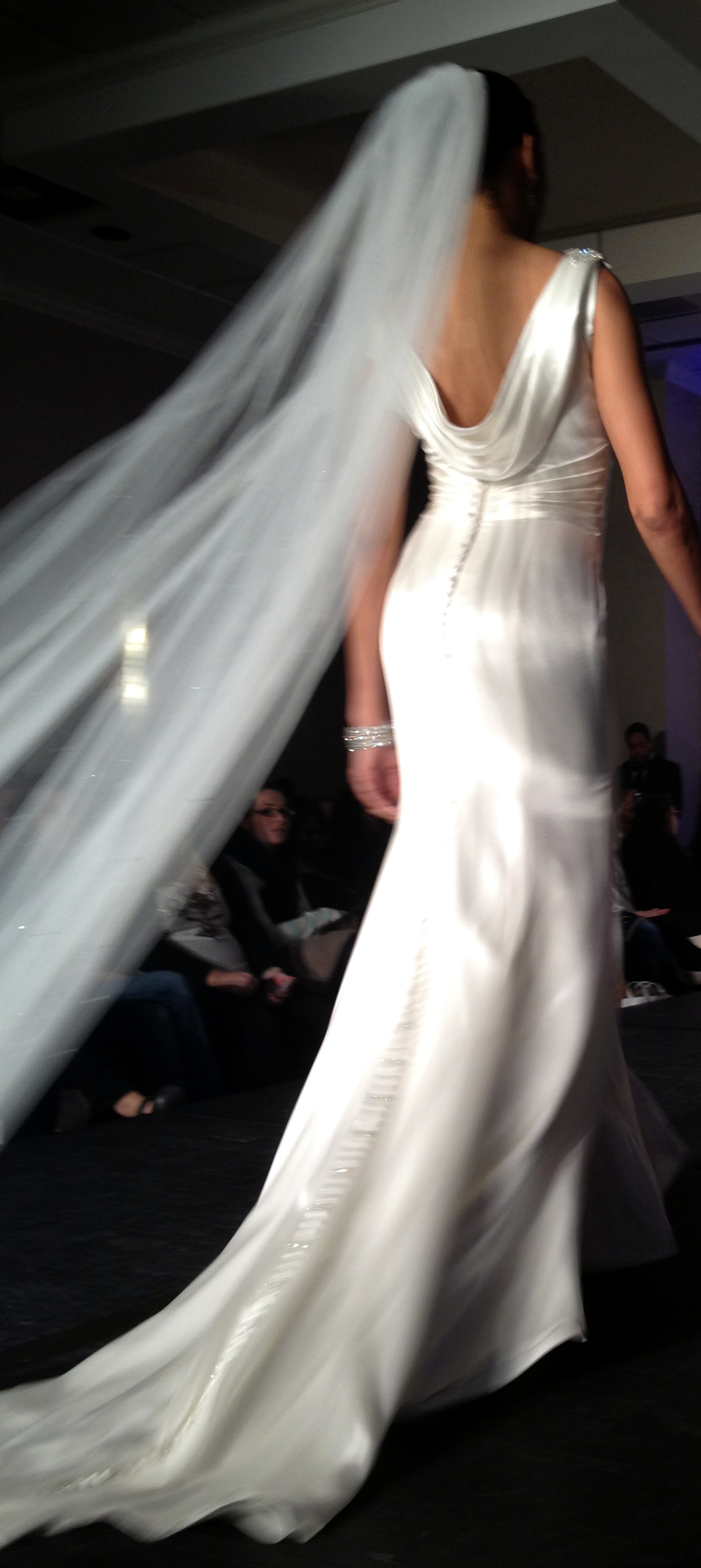 jaclyn 8911 Wedding Trends 2014: The Wedding Dresses Youll Kill For