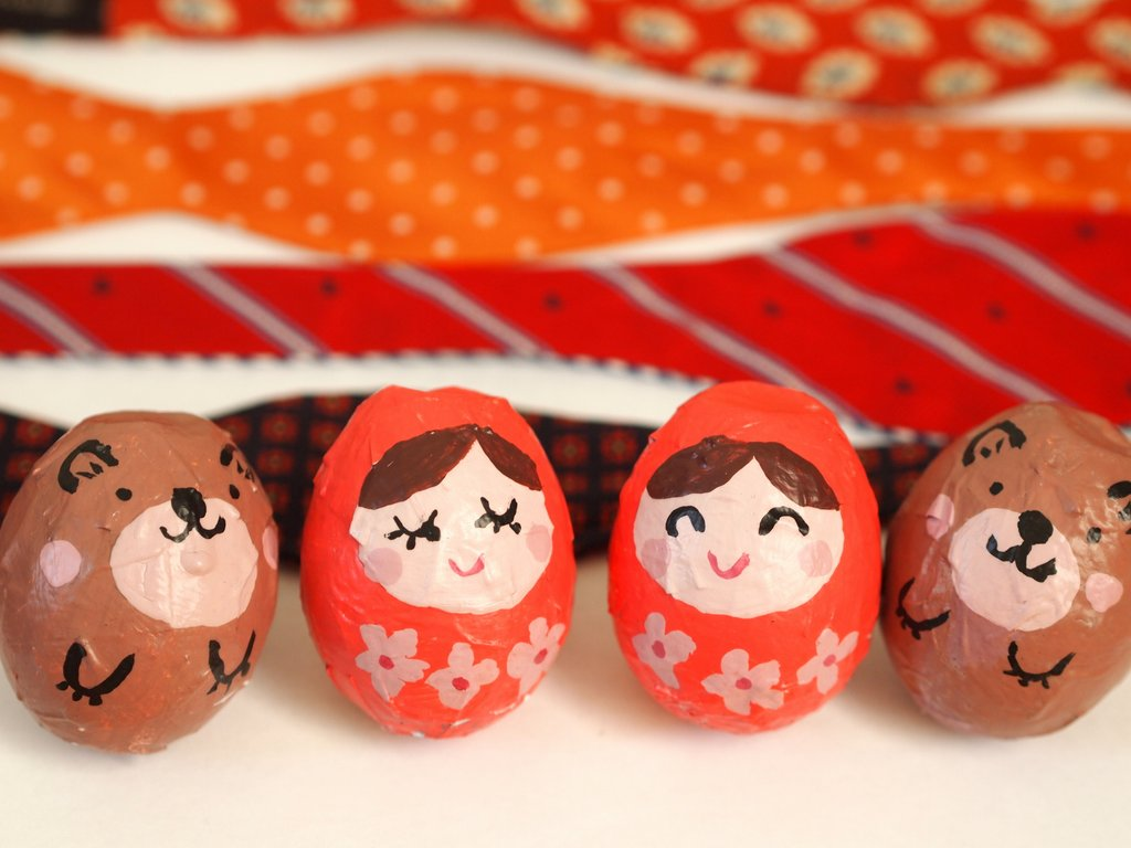 Elegant Eggshell Matryoshka Dolls 6 Keep the Kids Entertained with 10 Paper Crafts for Kids!