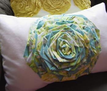 Flora Pillow