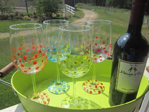 Polka-Dot-Wine-Glasses