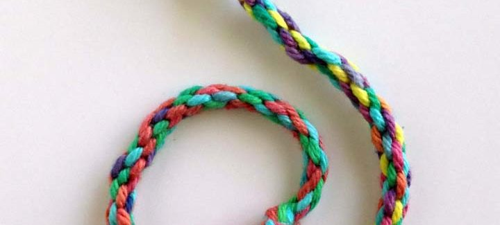 10 Easy Friendship Bracelet Patterns for Kids