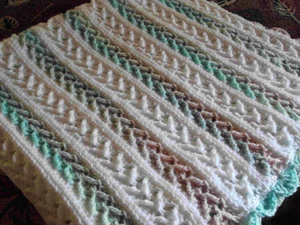 Crochet Pattern Afghan : 7 Free Crochet Afghan Patterns in Pastel Colors That Will ...