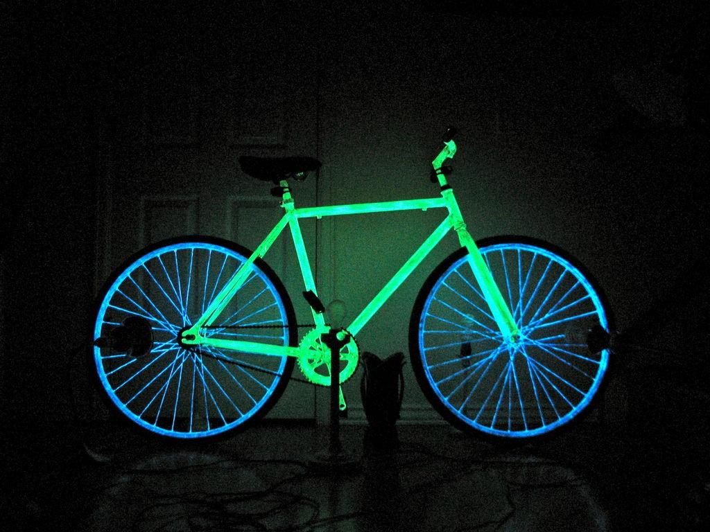 glowing8
