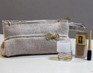 Golden Bow Glam Bag. This image courtesy of cvetulka.blogspot.com.
